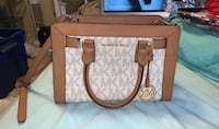 Michael Kors going out purse  Alexandria, 22304