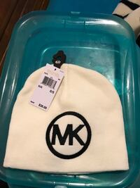 BRAND NEW MICHAEL KORS BEENIE WITH TAGS