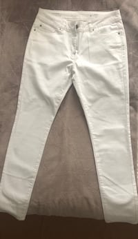 Pantalon blanc  Paris, 75116