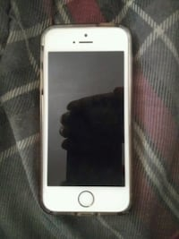 silver iPhone 5s with case Winston-Salem, 27103
