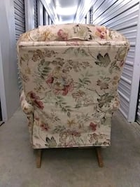 white and pink floral fabric sofa chair Springfield, 97477