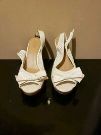 pair of white leather open toe ankle strap heels Lancaster, 43130