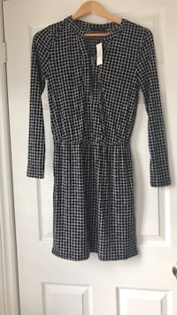 Dress from Banana Republic. Size extra small. New with tags attached. Ajax, L1T 0K1