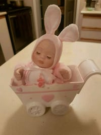 Newborn collector in porcelain carriage.  Whitby, L1N 8X2