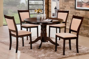 """BRAND NEW SOLID WOOD 42"""" ROUND DINNING TABLE SET"""