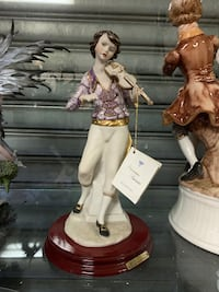Italian man playing violin statue with 14kt gold #139-3