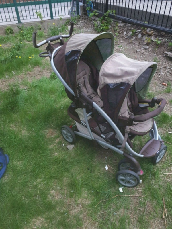 Graco double stroller with no car seat