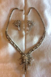Vintage Rhinestone Necklace and Clip-on Earrings Surrey