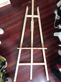 Easel   Deserres brand , gentle used for weeks Richmond Hill, L4C 4K7