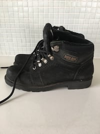 Winter boots size 9 Toronto, M8V