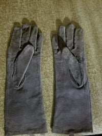 Suede Gloves  Mississauga, L4X 1X7
