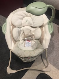 Fisher Price baby seat with vibration and music. Excellent condition, used at Grand parents house.  Mississauga, L5M 0K4