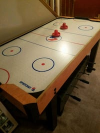 Air hockey table Arlington, 22205