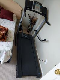black and gray automatic treadmill null