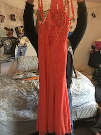 Women's coral/orange prom gown, size small Franklin, 17353