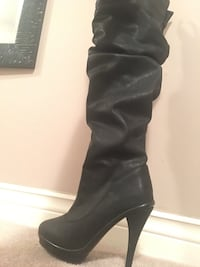 Leather boots Pickering, L1W