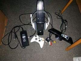 xbox 360 with kinect, headset and one controller