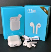 Ear pod for iPhone and Android phones - New Toronto, M4S 1C9