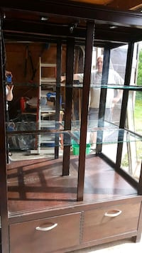 China cabinet Ardrossan, T8E 2B8