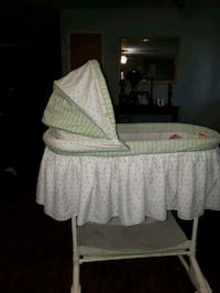 baby's white and green bassinet Manchaca, 78652