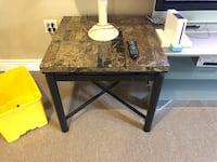 Coffee table and 2 side tables  Palos Heights, 60463