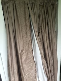 4 Fieldcrest luxury curtains. Silk with white block out back. 652 mi