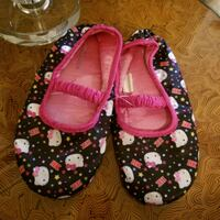 slippers size 13/1 Laval, H7S 1L4