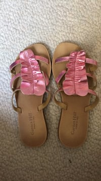 pair of pink-and-brown sandals Corte Madera, 94925