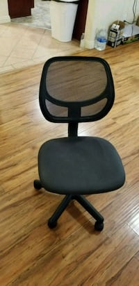 black and gray rolling chair Glendale, 91203