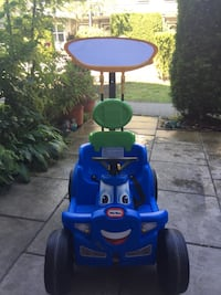 blue and green Little Tikes cozy coupe Richmond, V6V 2Y8