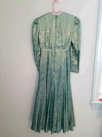 Green  Metallic formal dress Vienna, 22180
