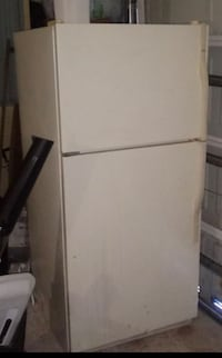 White top-mount refrigerator Greenacres, 33413
