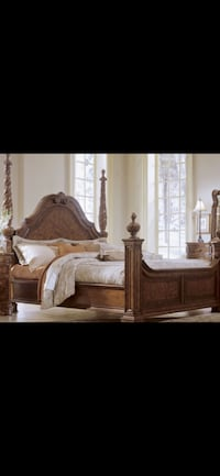 Queen size 4 poster bed Palmdale, 93550