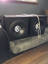 12in Memphis Subs with wiring and Amp 296 mi