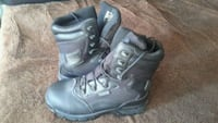 pair of black leather work boots 2347 mi