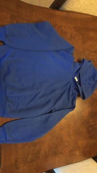 Electric blue hoodie size small Blainville, J7C 4X9