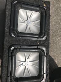 (2) 10 inch kicker L5 with amp and radio New York, 11218