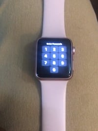 Space gray aluminum case apple watch with white sports band ( cash app only ) Washington, 20019
