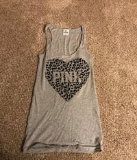 gray and black leopard print tank top Dover, 17315