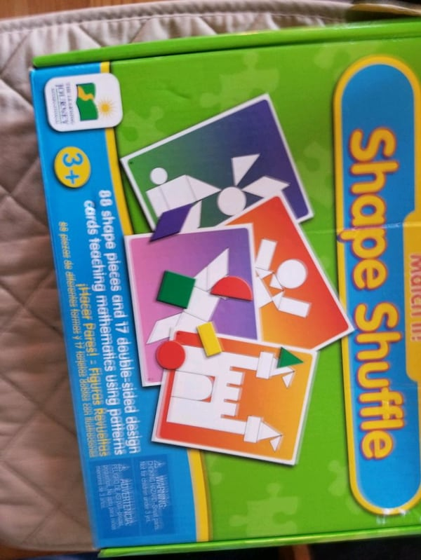 Shape shuffle good for 2 to 5 year kid e171f956-837c-4e0f-9e49-6896484341d4