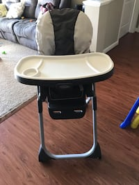 Baby's black and white graco high chair Fairfax