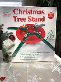 Christmas tree stand Woodridge, 60517