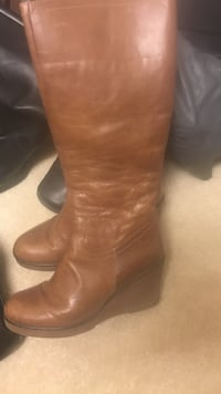 pair of brown leather wedge boots Upper Marlboro, 20774