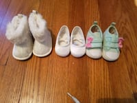 toddler's three pairs of shoes Dover, 17315