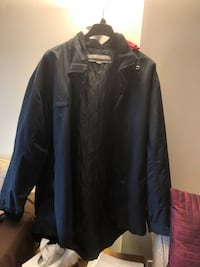 Black jacket with hood size  extra large asking $20 see pictures Burnaby, V5E 0A4