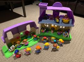 Little people House and all figures