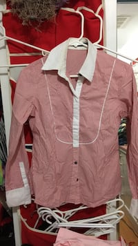 Red and white striped button-up dress shirt Vancouver, V5P 2Z5