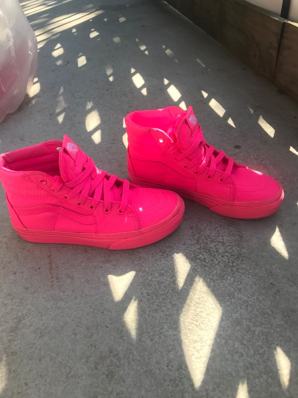 0b1fc03e5259ce Used neon pink vans for sale in Oakland - letgo