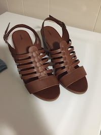 George size 8 sandals