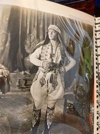 Rudolph Valentino photos large selection approx 30 pictures   New York, 11369